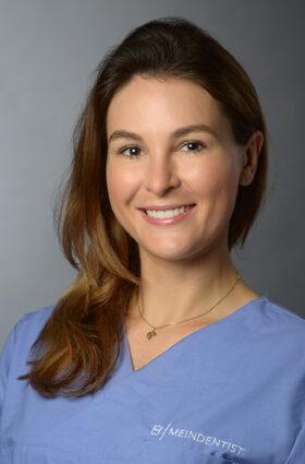 Dr. Viktoria Alegra Varga